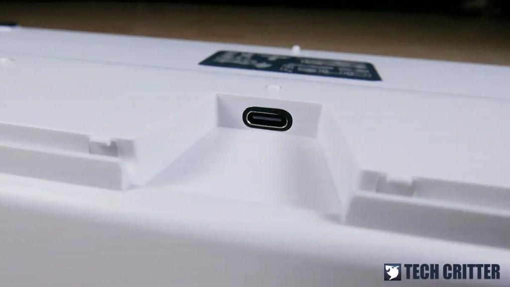 Ducky One 2 RGB TKL RGB LED Double Shot PBT Mechanical Keyboard (17)