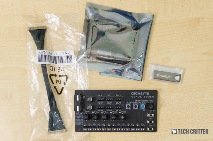 Gigabyte Z390 Aorus Xtreme accessories (3)