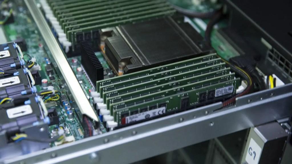 Kingston Server Memory AMD EPYC Rome Featured