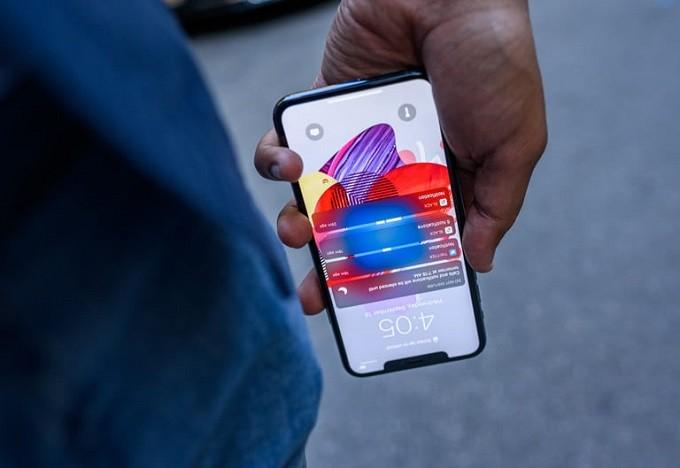 كيفية الانتقال من الاندرويد إلى الايفون ونقل بياناتك شرح تفصيلي