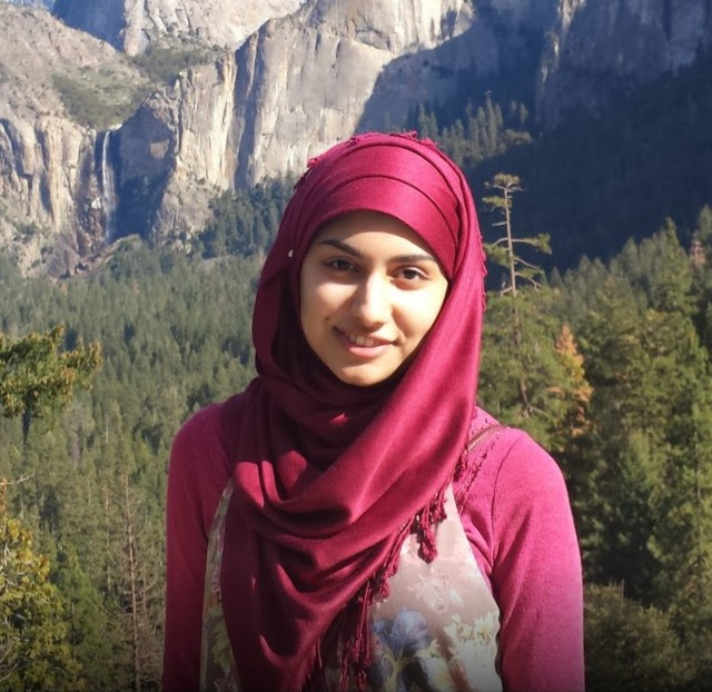 Profile picture of Rahma Javed for her interview with Tech Sisters in which she discusses her story and how to accelerate your tech career