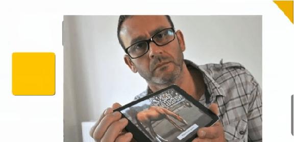 أب يسترد أمواله من أبل بعد أن قامت ابنته باستخدام الآيباد الخاص به!