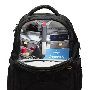 gotenna travelbag 300x300 goTenna جهاز للتحدث مع أصدقائك بدون شبكة اتصال