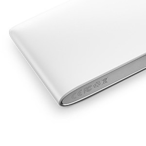 The-OnePlus-Power-Bank (2)