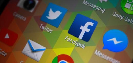shutterstock_244116676_Facebook-and-Messenger-520x245