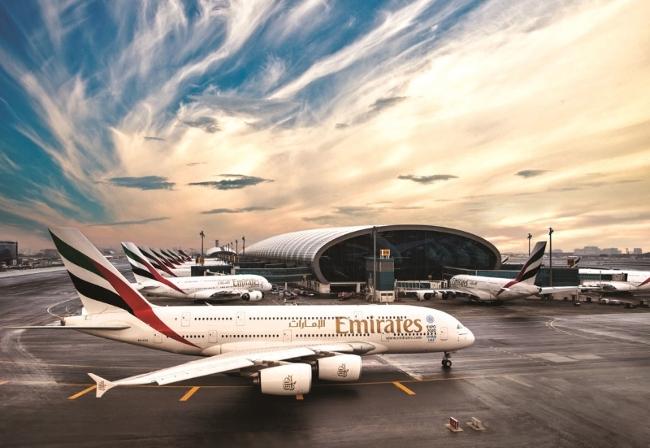طيران الامارات