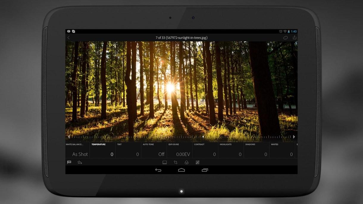 أدوبي تُحدّث تطبيقها Lightroom بجلبها خصائص التحكم اليدوي بالكاميرا وأكثر