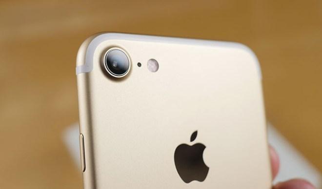 header-iphone7-camera