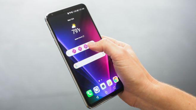 هاتف V30 LG