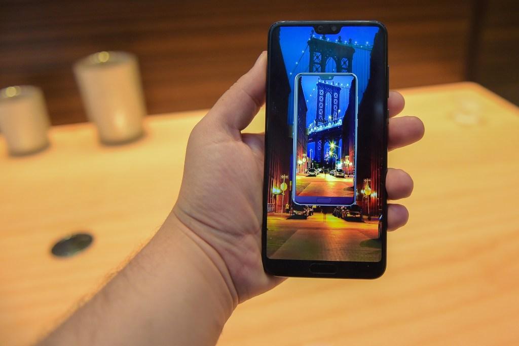 هواوي تطلق خدمة VIP مع ضمان هاتف بي 20 برو في المملكة العربية السعودية