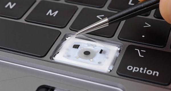 لوحة مفاتيح أجهزة ماك برو الجديدة مصممة خصيصاً لمقاومة الغبار