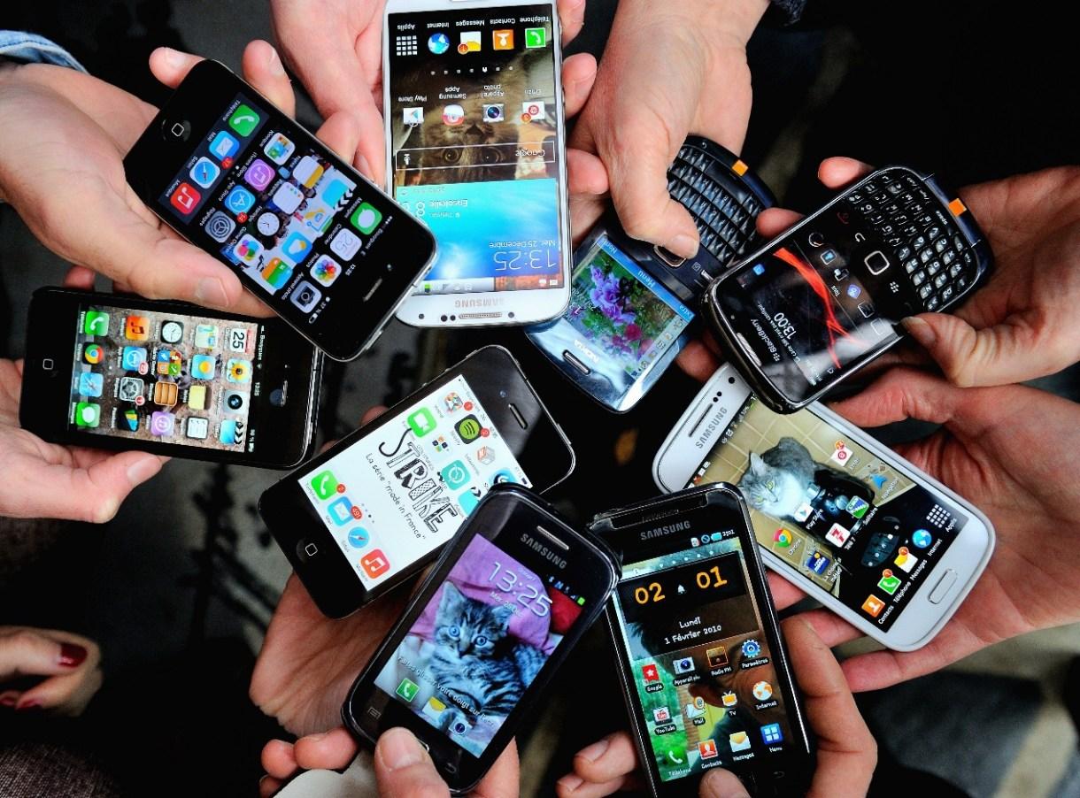 الاتحاد الأوروبي يحاول فرض استخدام منفذ شاحن لآيفون شبيه بهواتف أندرويد