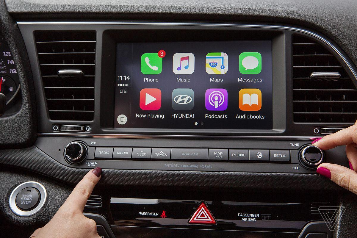 خدمات تطبيق Waze الملاحية أصبحت متوفرة على منصة CarPlay