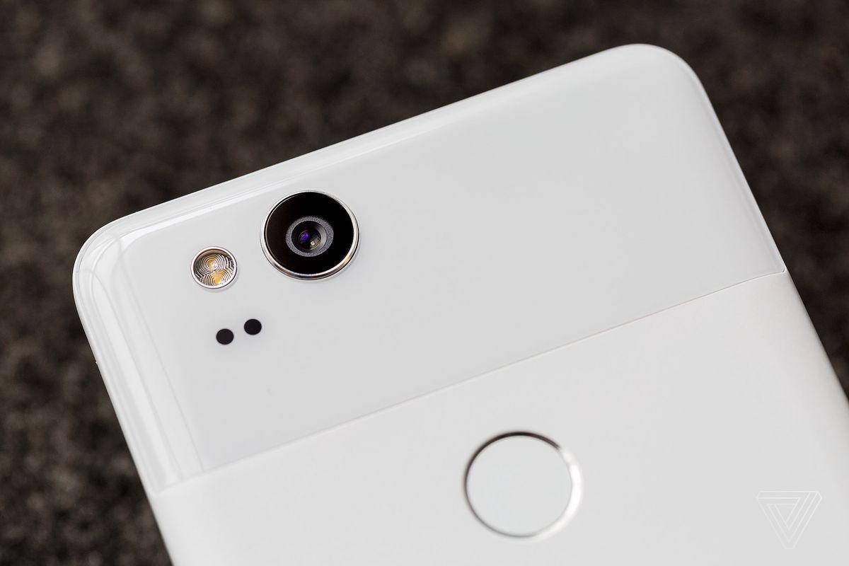 قوقل تدعم تطبيق الكاميرا لهواتف بكسل بإمكانية استخدام ميكرفون خارجي