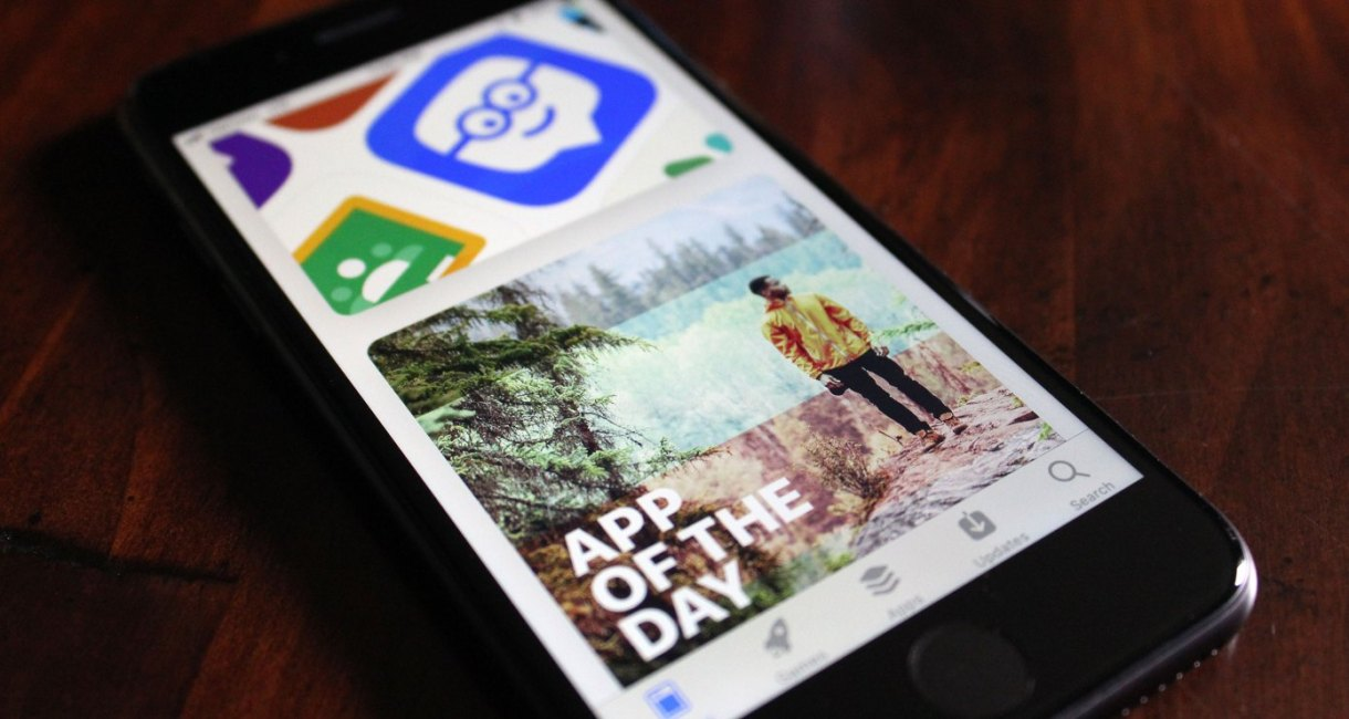 آبل تشدد على المطوريين بما يخص آلية الإشتراك وترقية التطبيقات في App Store