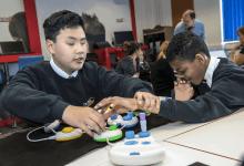 Bett 2019: مايكروسوفت لغة برمجية بأدوات ملموسة لمساعدة الأطفال بمشاكل البصر على تعلم البرمجة
