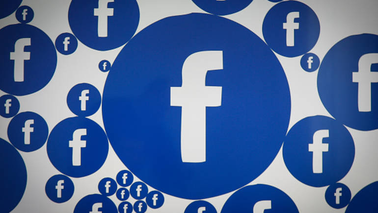 ميزة القصة على فيسبوك تصل إلى 500 مستخدم يومي