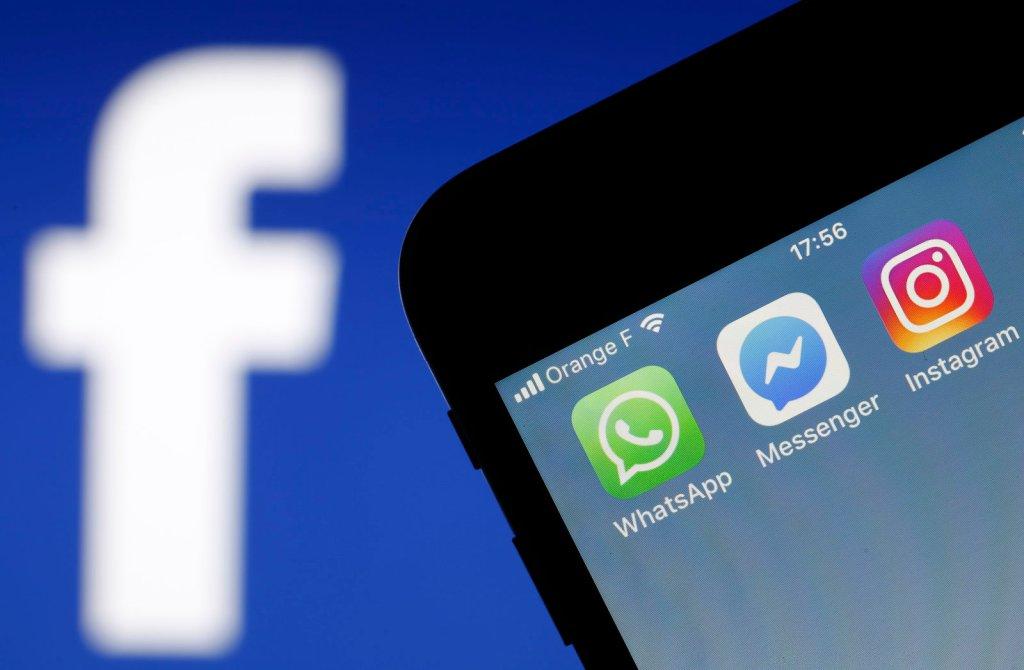 فيسبوك تعلل توقف تطبيقاتها لتغيير في إعدادات خوادم الشركة وتعلن حل المشكلة