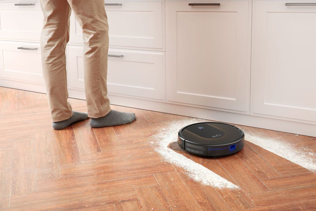 مراجعة: روبوت التنظيف المنزلي Robovac 30C من Eufy؛ فقط تحدث معه بما تُريد تنظيفه