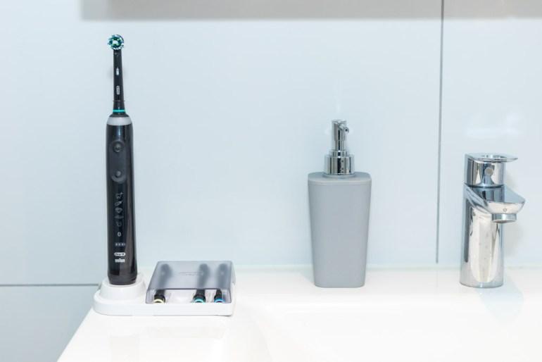 Oral-B Genius 10000 tech365nl 008