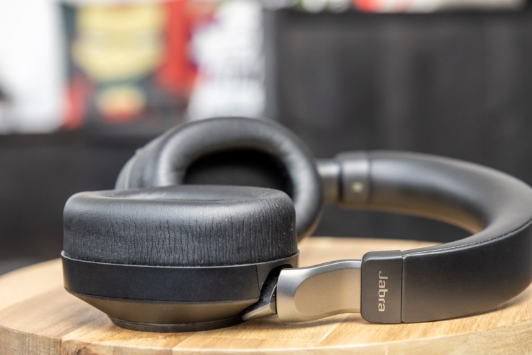 Jabra Evolve2 85 tech365 006