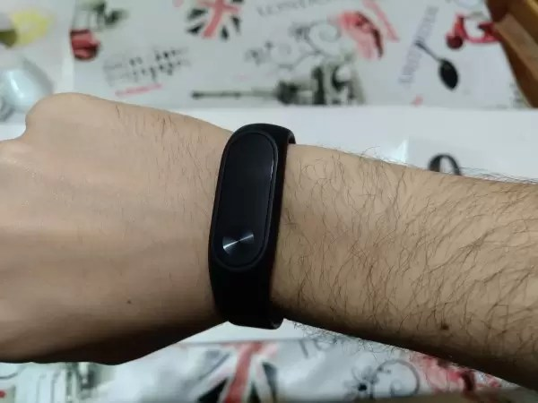 Recensione Xiaomi Mi Band 2 lo smartband per il fitness pi amato  Tech for Dummies