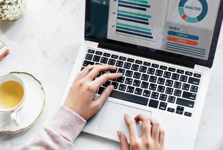 Blogging Full Time Job Or Part Time ? हिंदी में जाने 1