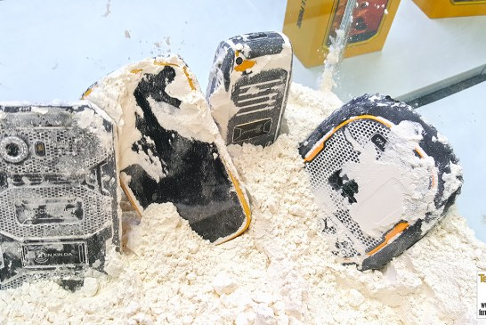 Kenxinda Ruggedised Smartphones In Flour