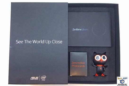 ASUS ZenFone Zoom (ZX551ML) box