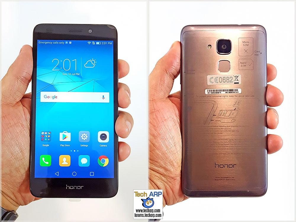 honor 5C smartphone in hand
