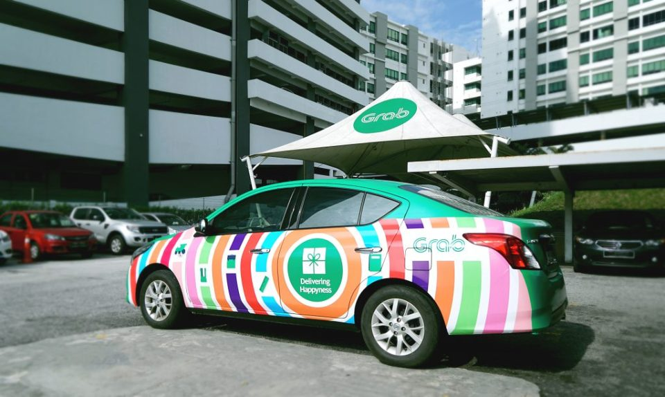 Grab Delivering Happyness Campaign To Underprivileged Kids
