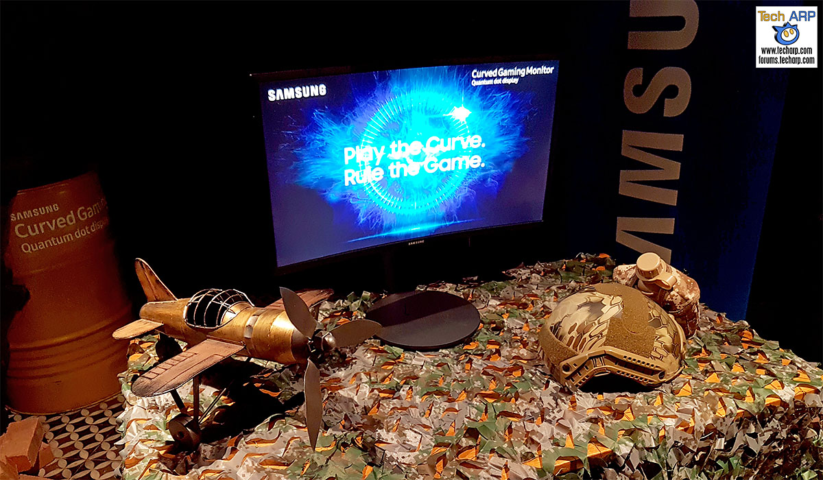 The Samsung CFG70 Curved Quantum Dot Monitor Revealed