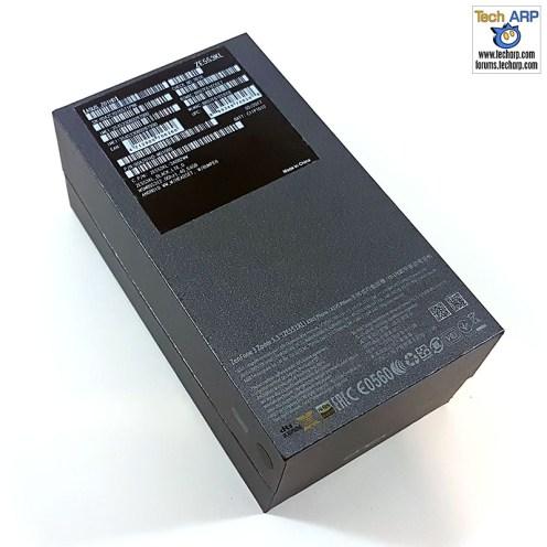 ASUS ZenFone 3 Zoom box