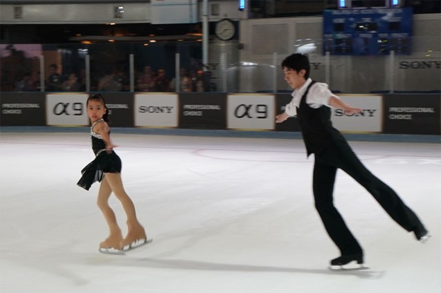 Sony Alpha 9 (α9) ice-skating sample