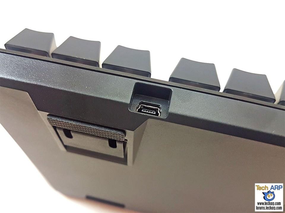 HyperX Alloy FPS Pro micro USB port