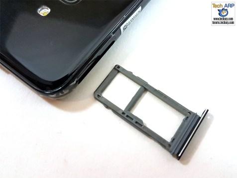 Samsung Galaxy A8 2018 SIM tray 02