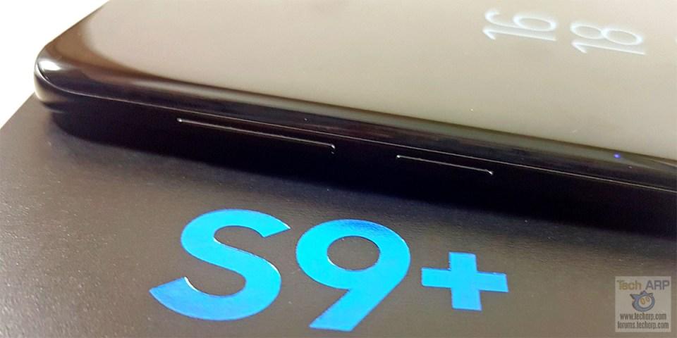 Samsung Galaxy S9 Plus left side