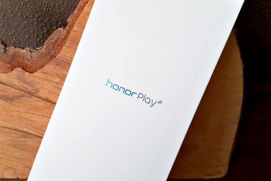 Honor Play box