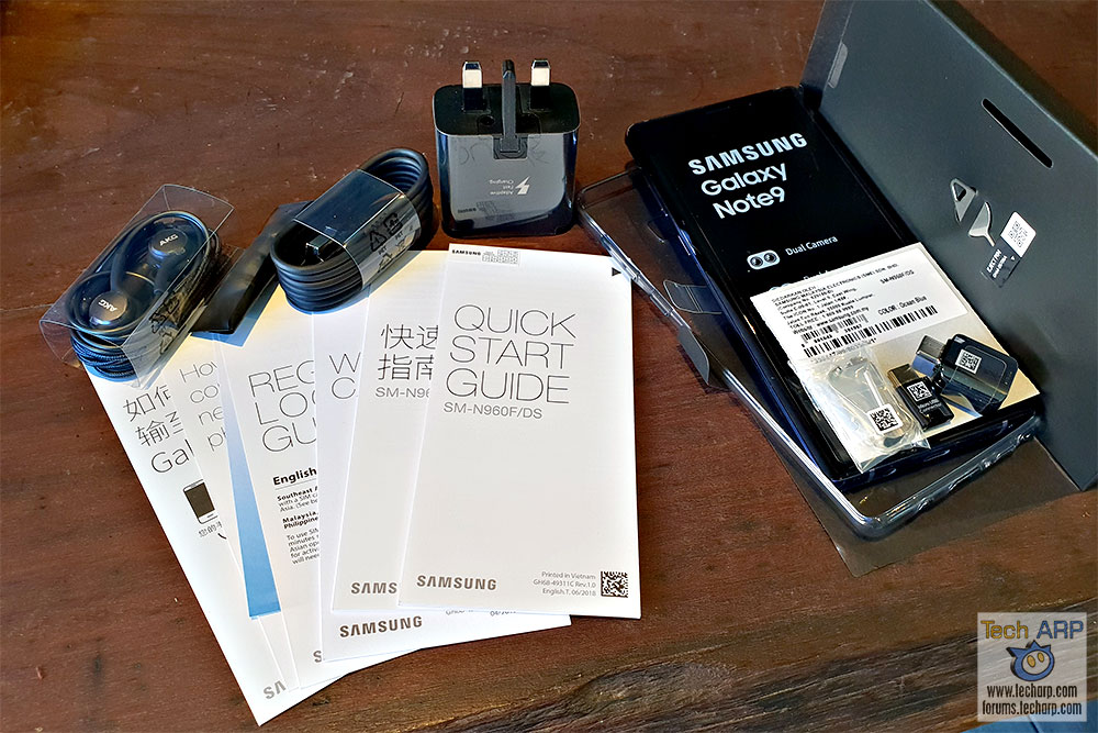 Samsung Galaxy Note9 box contents