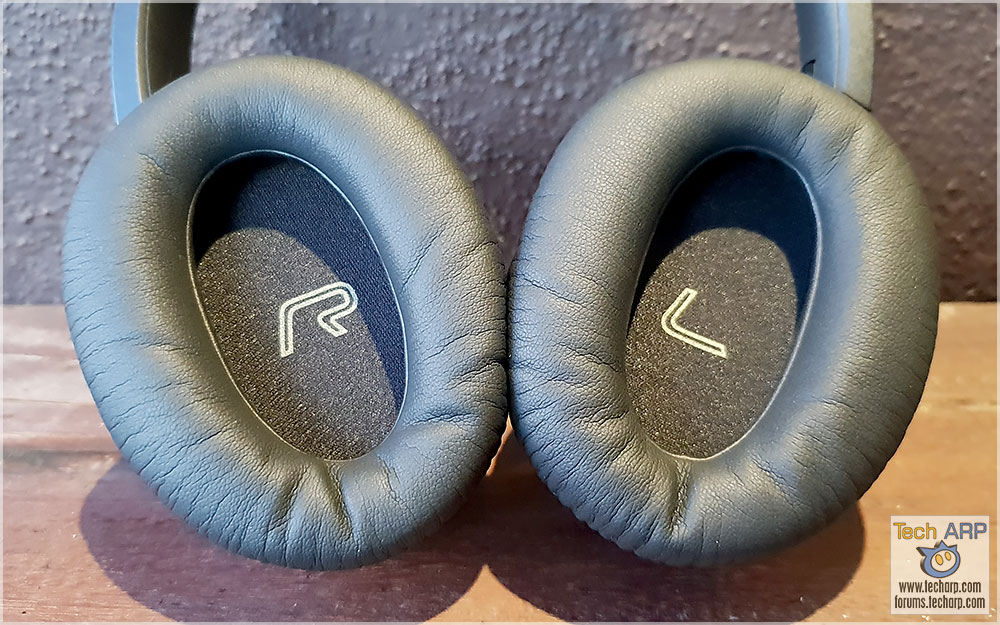 Edifier W860NB ear cups