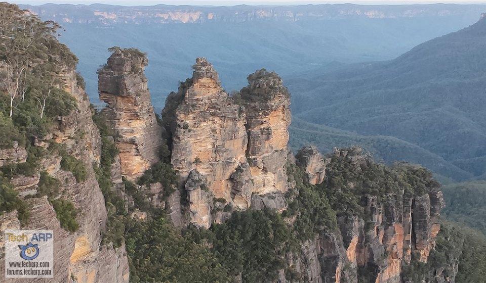 OPPO R17 Pro Photos Of Sydney - Three Sisters