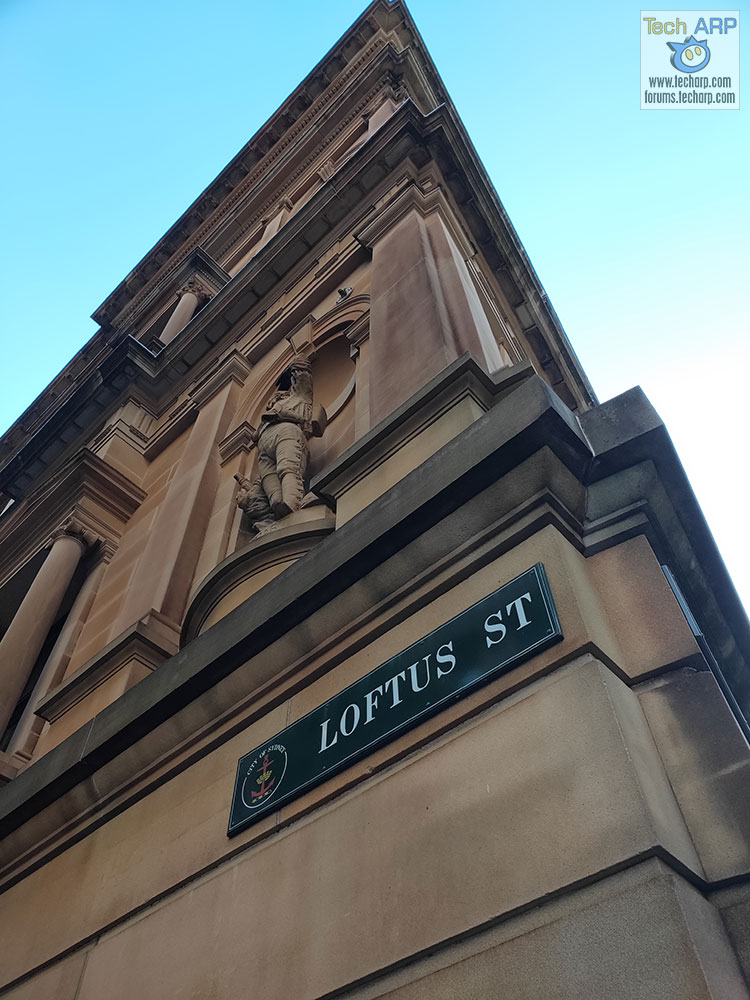 OPPO R17 Pro Photos Of Sydney - Loftus Street