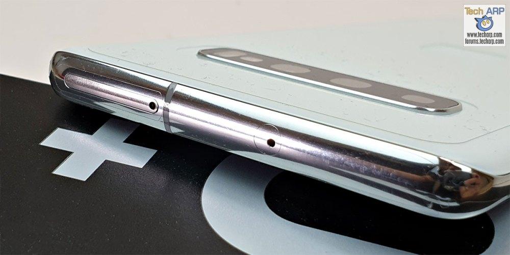 Samsung Galaxy S10 Plus top