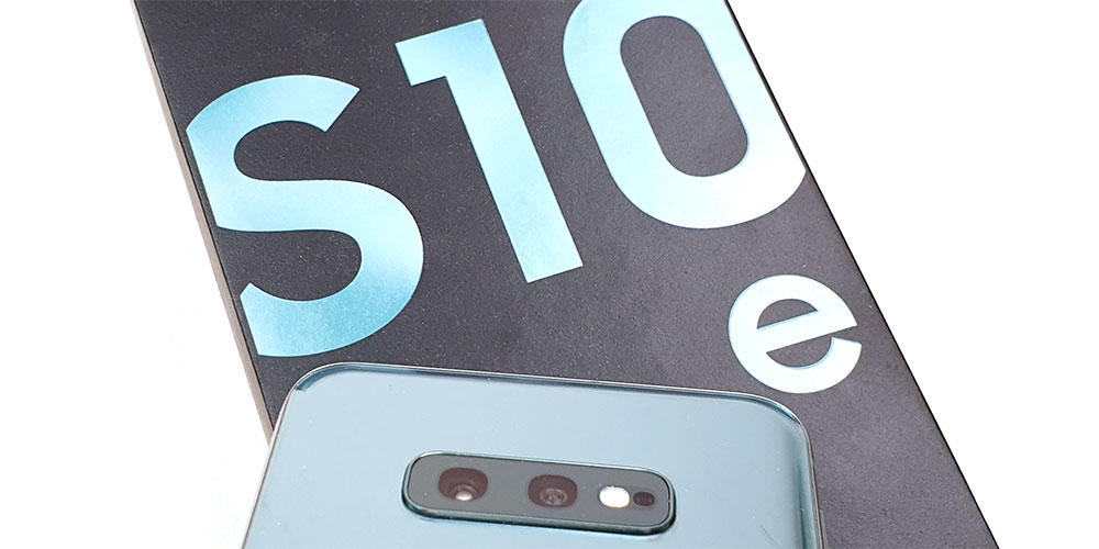 Samsung Galaxy S10e (SM-G970) In-Depth Review!