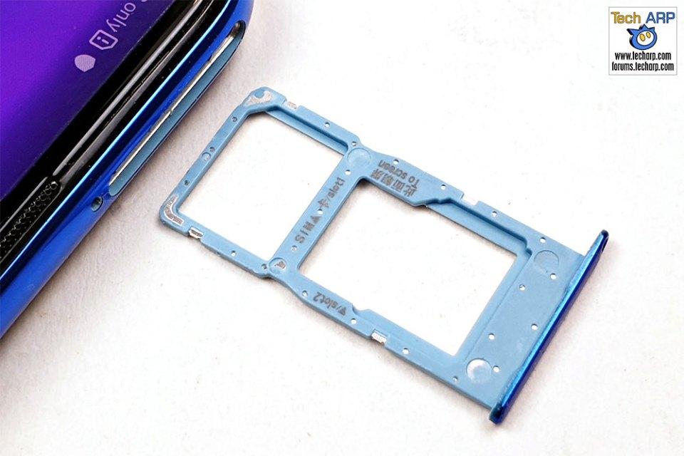 HONOR 20 Lite hybrid SIM tray