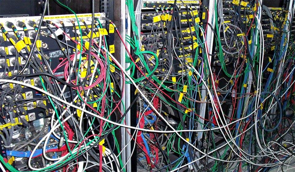 Jumbled Cables