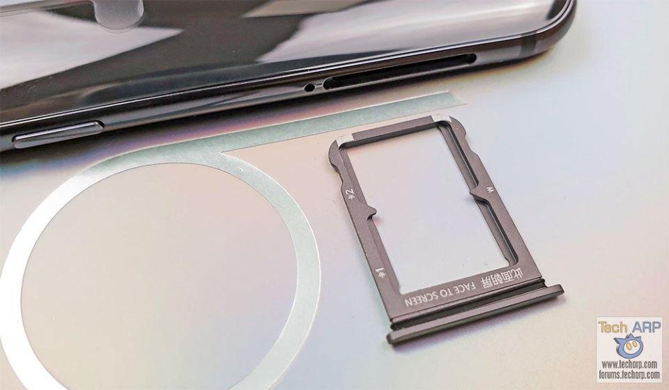Xiaomi Mi 9 SIM tray