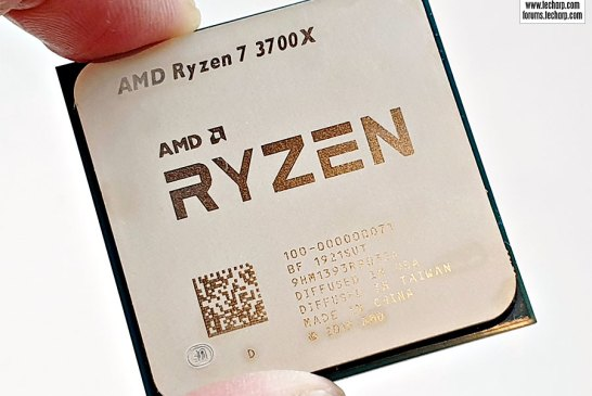 AMD Ryzen 7 3700X CPU top