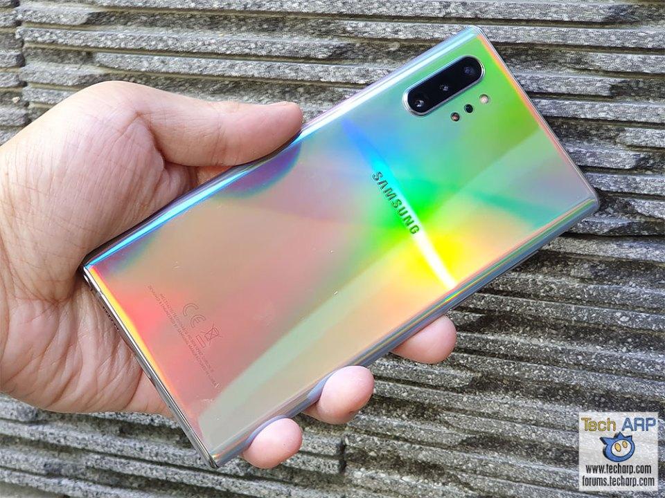 Samsung Galaxy Note 10 Plus in hand outdoor