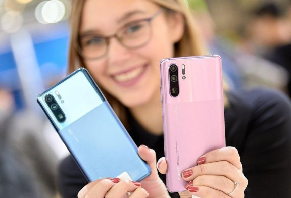 Forbes Is SHOCKED That HUAWEI P30 Pro Got New Colours!